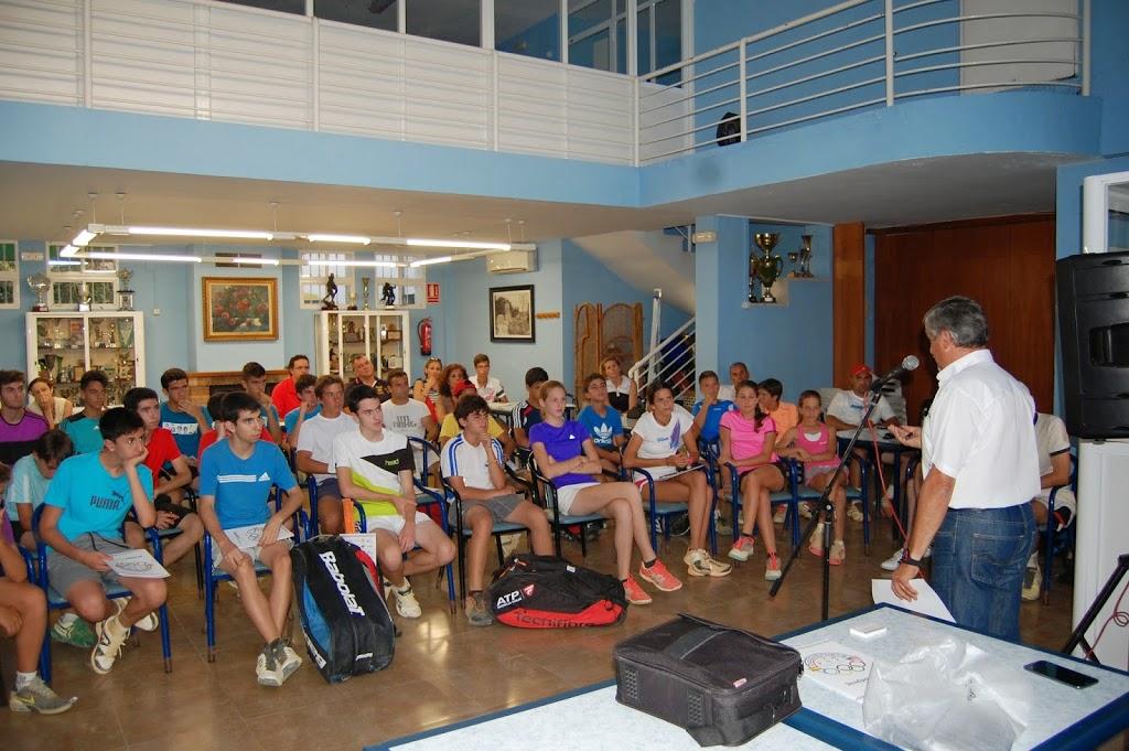 Escuela de tenis pena roldan - decoasport becas USA